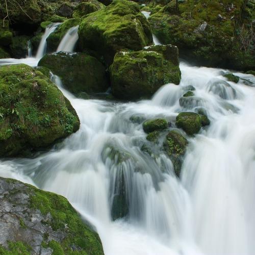 Wasserfall_CC0 via pixabay.jpg