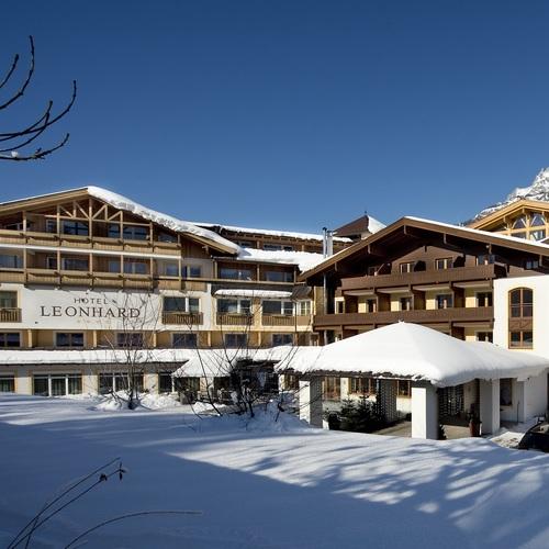 Hotel_Winter_Aussen_NEU.jpg