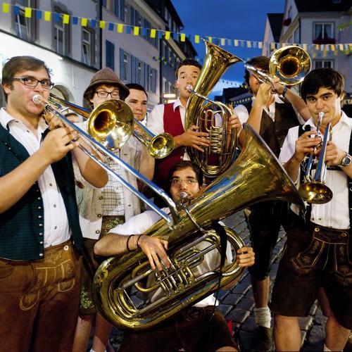 Die Blasmusikanten der Allgaier Schlanzlmusi