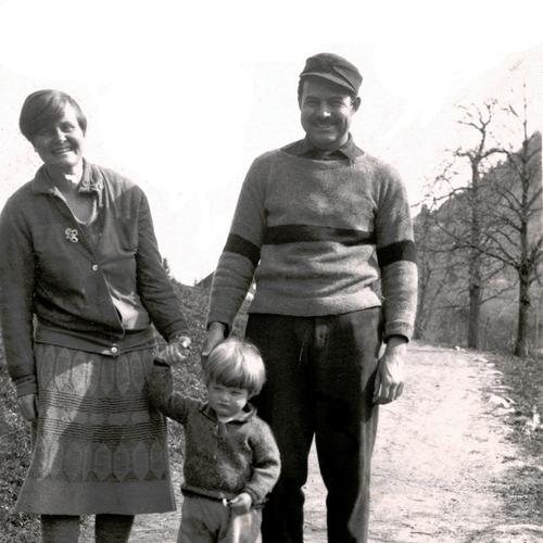 Ernest Hemingway mit Familie in Schruns