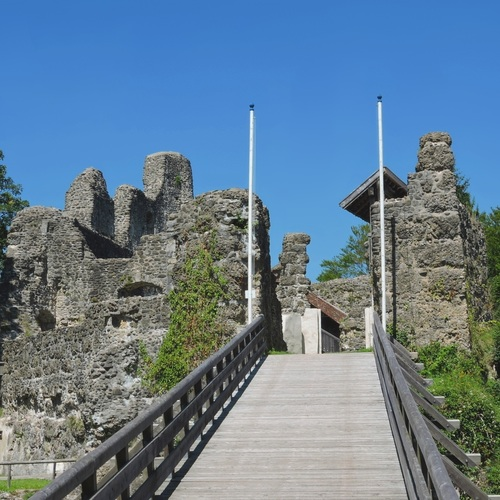 Burgruine Alt-Trauchburg_CC0 via Pixabay.jpg