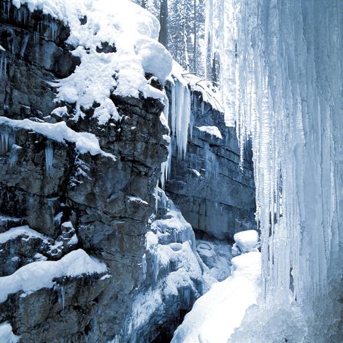 Breitachklamm Winter_Kleinwalsertal Tourismus eGen www.kleinwalsertal.com.jpg