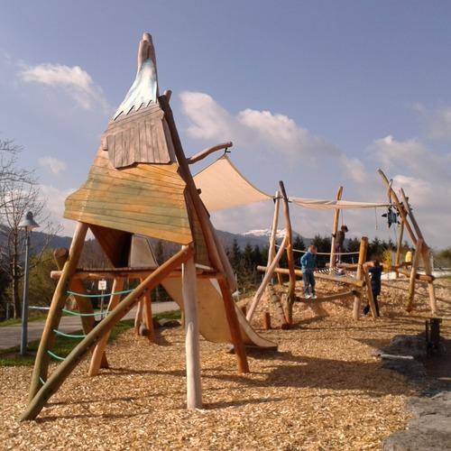 AllgaeuHaus Spielplatz.JPG