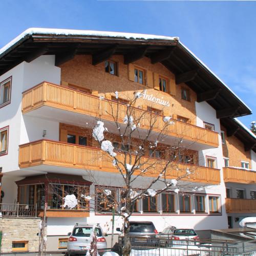 Hotel Antonius Lech 2014 bearbeitet.jpg