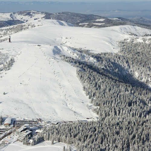 Skigebiet Feldberg_Volatus CC BY-SA 3.0 via Wikimedia Commons.jpg