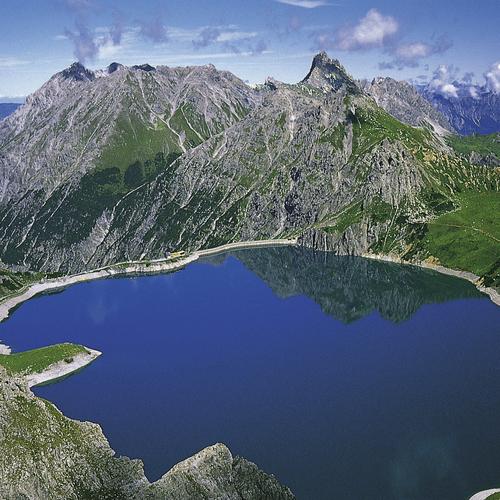 Blick auf den Luenersee(C) (c)Alpenregion Bludenz Tourismus GmbH.jpg