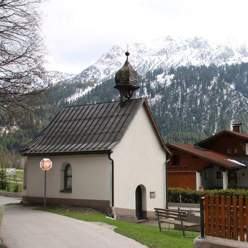 Kapelle zum hl.Baptist_Haller (3).JPG