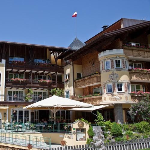 Hotel Sonnenhof im Tannheimer Tal.jpg