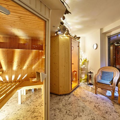 Sauna und Wärmekabine
