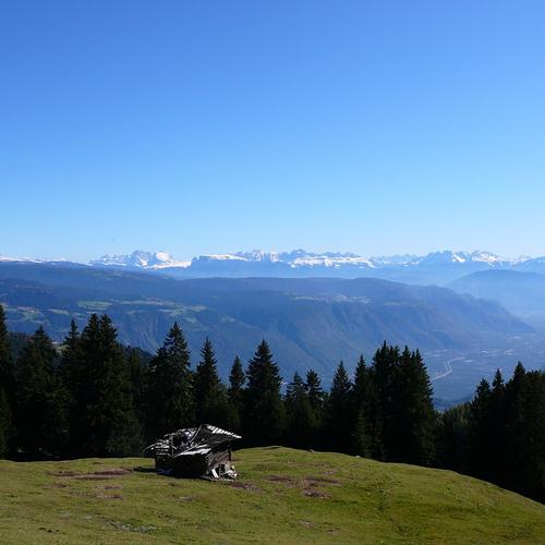 Blick_vom_Vigiljoch_bei_Lana_(Südtirol).jpg
