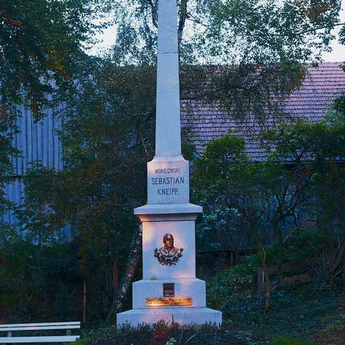 Kneippdenkmal Stephansried.jpg