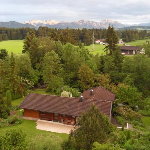 Gartenhaus mit Panorama.JPG