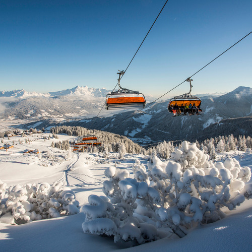 Über Flachau Winter