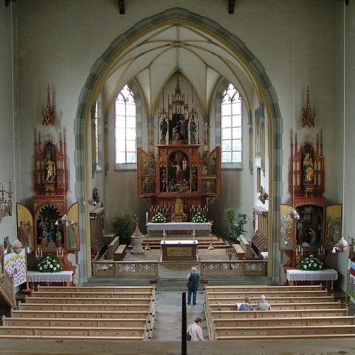 Pfarrkirche St. Johannes Baptist von Innen_Richard Mayer CC BY-SA 3.0 via Wikimedia Commons.jpg