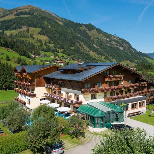 Hotel-Alpina-Aussenansicht[1].jpg