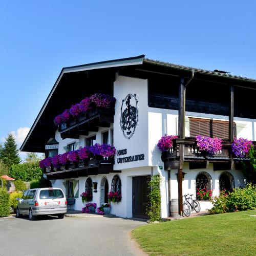 Alpenresidenz-Unterrainer-Ellmau-Dorf-30-Unterrainer-Franz-Haus-Sommer.jpg