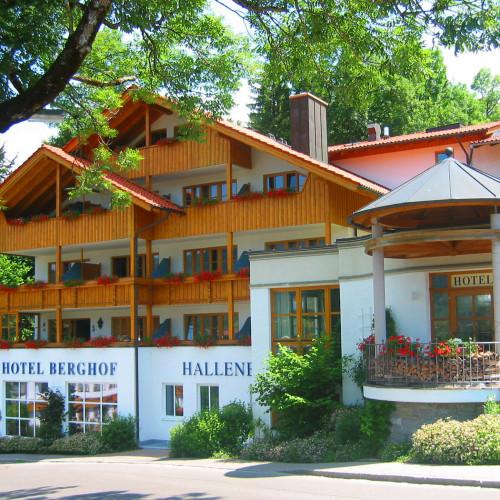 Berghof_sommer-.jpg