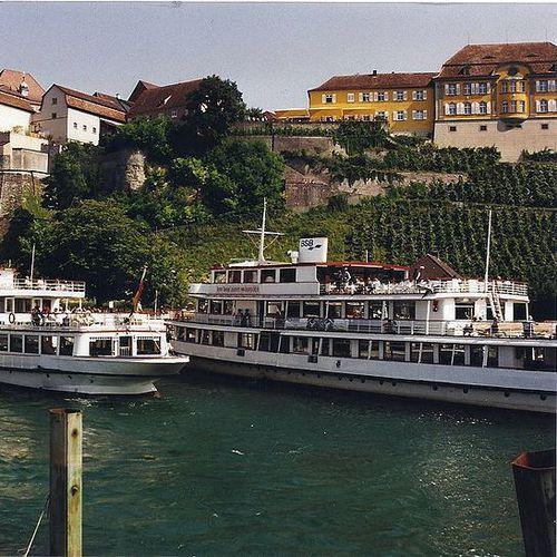 800px-Der_Hafen_von_Meersburg_am_Bodensee.jpg