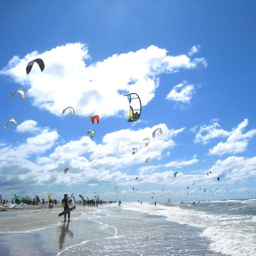 Kite-Surfen am Strand