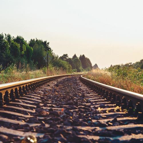train-tracks-925984_1920.jpg