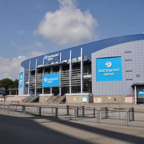 Barclaycard Arena Hamburg_Franjo targo CC BY-SA 4.0 via Wikimedia Commons.JPG