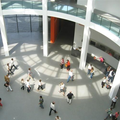 Pinakothek_der_Moderne_Muenchen_Rotunde-1(c)  Rufus46 CC BY SA 3.0 via wiki commons.jpg