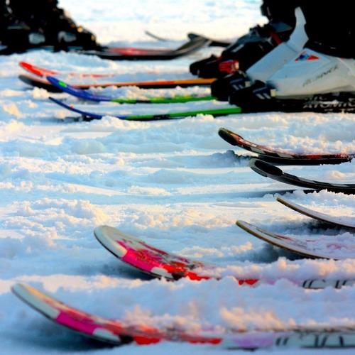 ski-1145553_1920.jpg