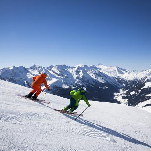 Skifahren auf perfekt präparierten Pisten