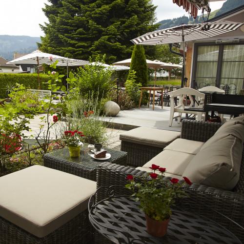 charivaris wintergarten gastfreund. Black Bedroom Furniture Sets. Home Design Ideas