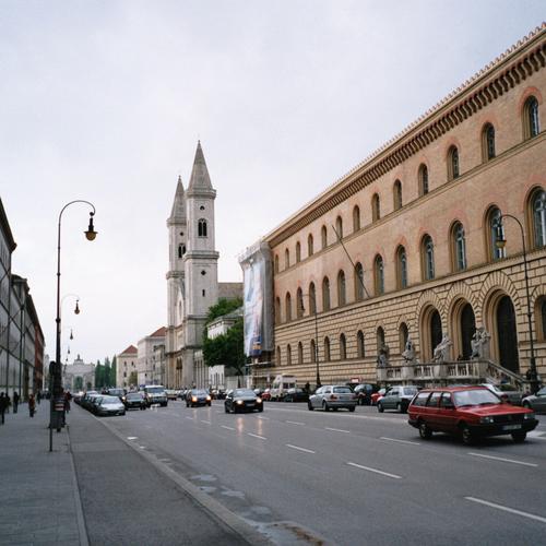 Ludwigstraße,_München by Gryffindor CCO via wiki commons.jpg