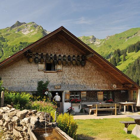 7. Alpe Plättele.jpg