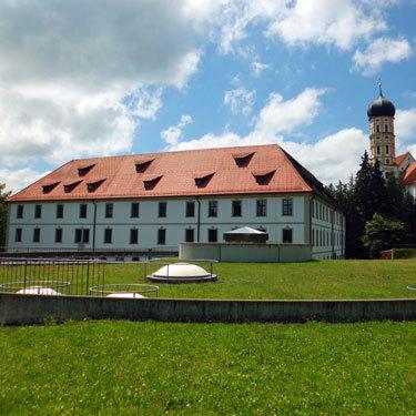 Schloss-und-Kirche_kl.jpg