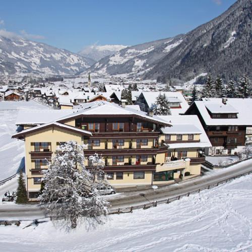 Waldheim-Winter-Hotel.jpg