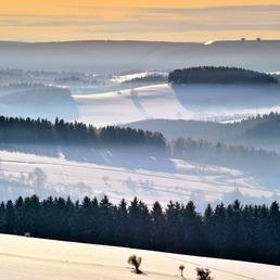 Blick auf das winterliche Markersbach