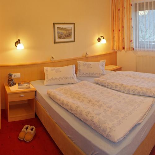 """Schlafzimmer im Appartement """"Zillertalblick"""""""