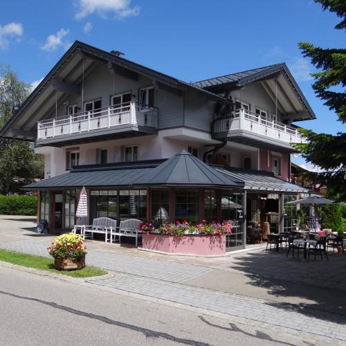 Vintage Hotel außen Juli 2016.JPG