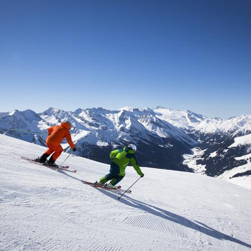 Skifahren auf präparierten Pisten