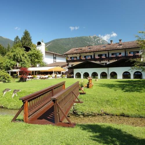 Alpenhof Grainau - Garten.jpg