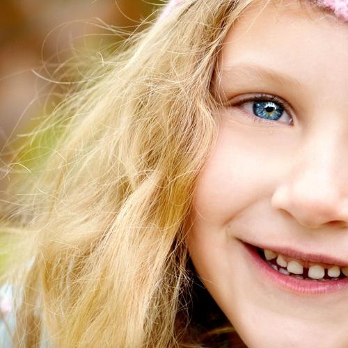 Kind glücklich