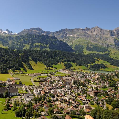 Dorf Engelberg