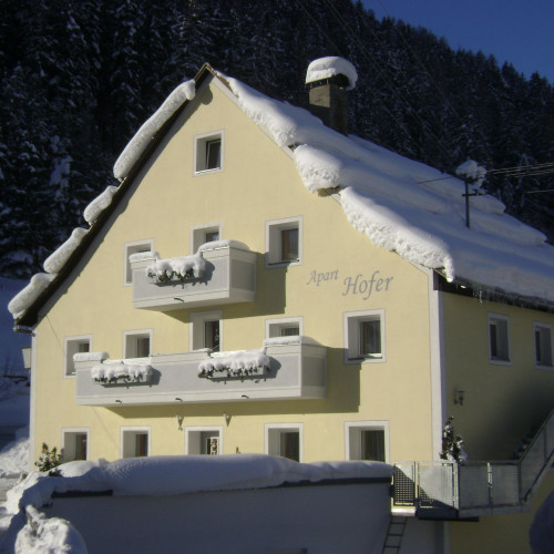 Apart Hofer, Winter.JPG