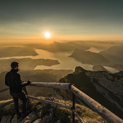 Sonnenaufgang Vierwaldstättersee