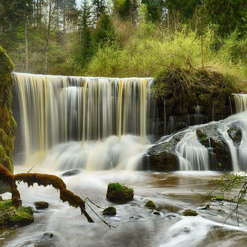 Geratser Wasserfälle_Sonja und Jens CC BY 2.0.jpg