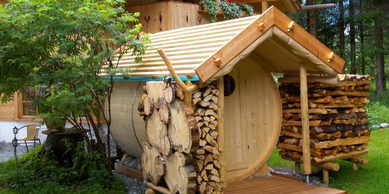 almh tten ferienwohnungen haus moll fass sauna gastfreund. Black Bedroom Furniture Sets. Home Design Ideas