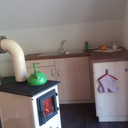 kleine Küchenzeile zum Kochen