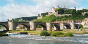 Alte Mainbrücke mit Festung Marienberg_© Congress-Tourismus-Würzburg, Fotograf A. Bestle.jpg