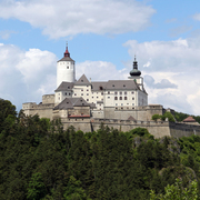 Burg Forchtenstein_Haeferl CC BY-SA 3.0 at via Wikimedia Commons.jpg
